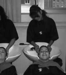 Psycho-Tifs ou le Coiffeur pour savoir quoi faire et arrêter de couper les cheveux en quatre.